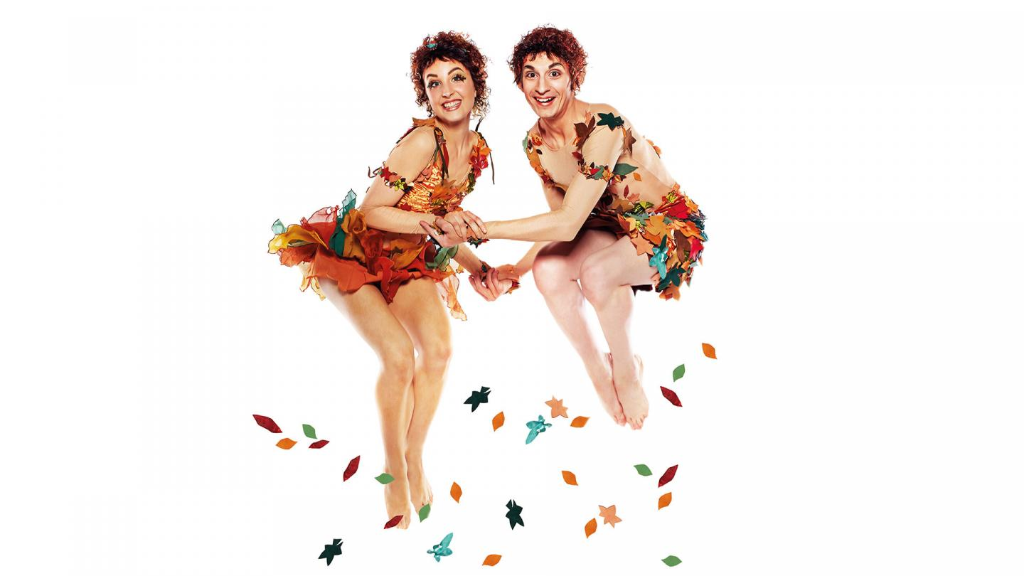 Kiara Flavin and Filippo Di Vilio as elves on the production poster taken by Justin Slee